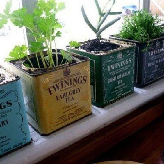 De De jolies boites vintage qui se transforment en pots de fleur